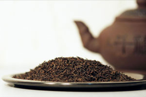 Заваривание легендарного прессованного чая пуэр