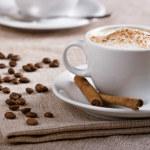 как сделать капучино в домашних условиях без кофемашины и с ее помощью