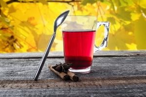 понижает или повышает давление чай каркаде