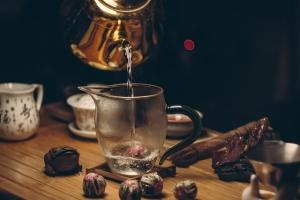 Способы заваривания черного и зеленого чая