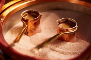 Как варить кофе на песке в турке