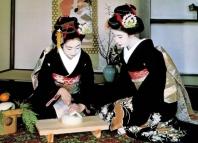 Традиции равным образом режим проведения чайной церемонии во Японии