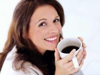 пятна от кофе на зубах