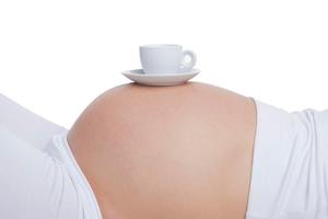 можно ли беременным чай с молоком