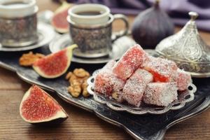 Как правильно подавать и пить турецкий кофе