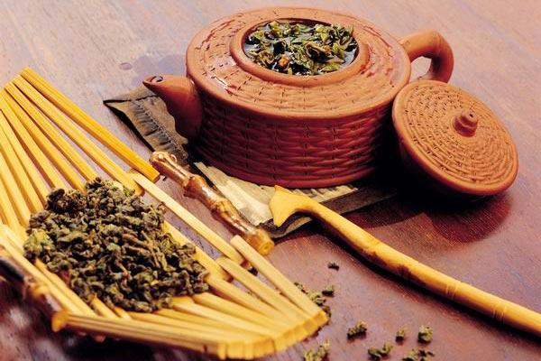 Чай Дарджилинг: история происхождения, виды, процесс сбора и производства, как заваривать и выбирать чай