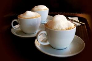 Способы выкладывания пены на кофе