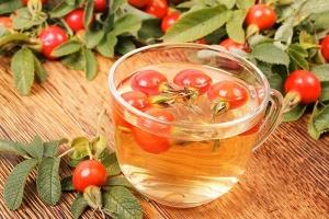 Лечебные свойства шиповникового чая для детей